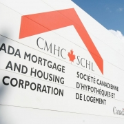 Non-bank lenders attract wave of money, CMHC report on mortgages says – The Globe and Mail